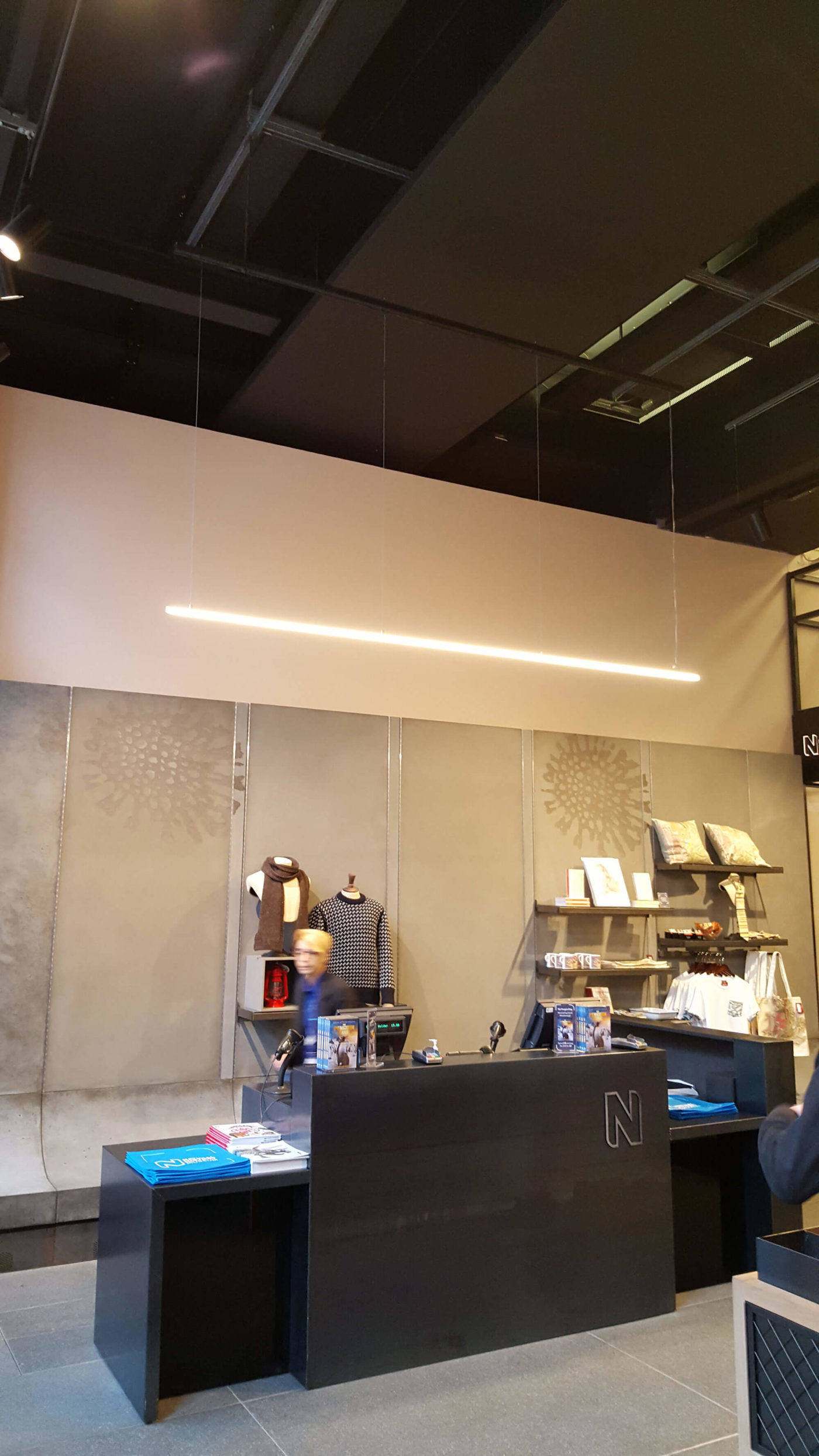 retail-shop-national-history-museum-london-2-mjlighting