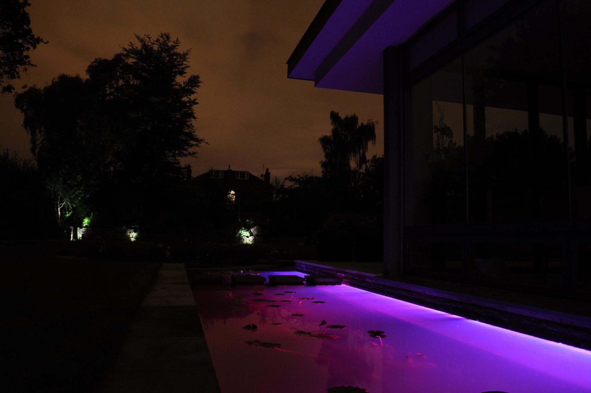 underwater-linear-led-strips-2-mjlighting