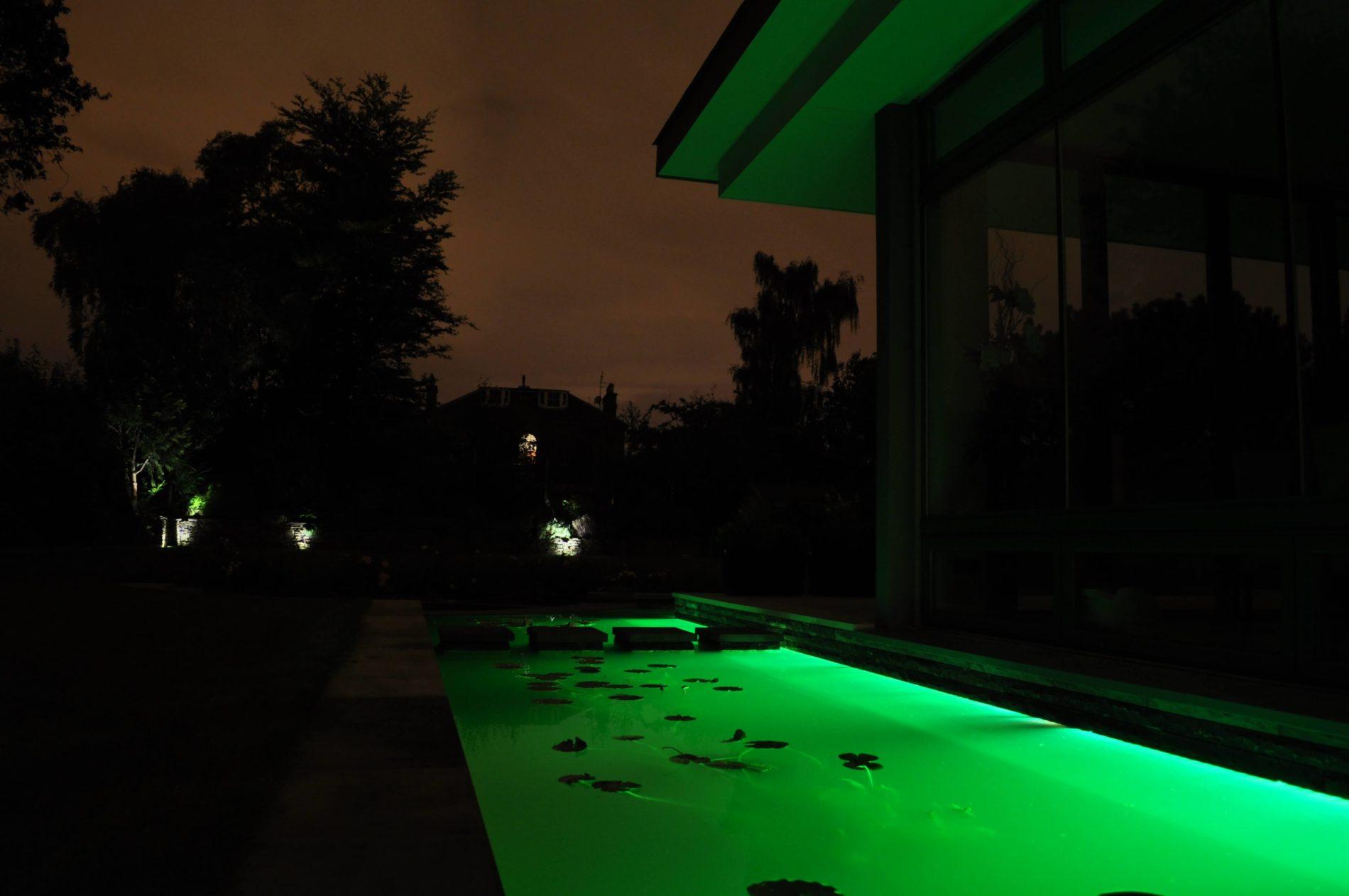 underwater-linear-led-strips-4-mjlighting